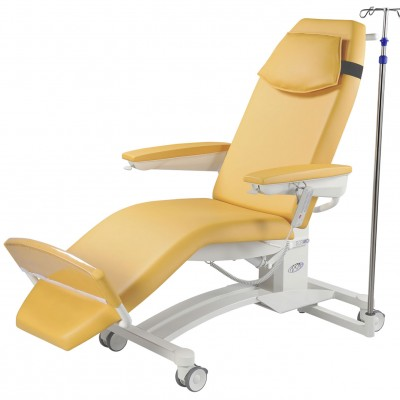 Pura dialysis chair